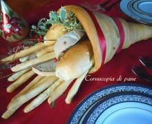 Cornucopia di pane, centrotavola decorato
