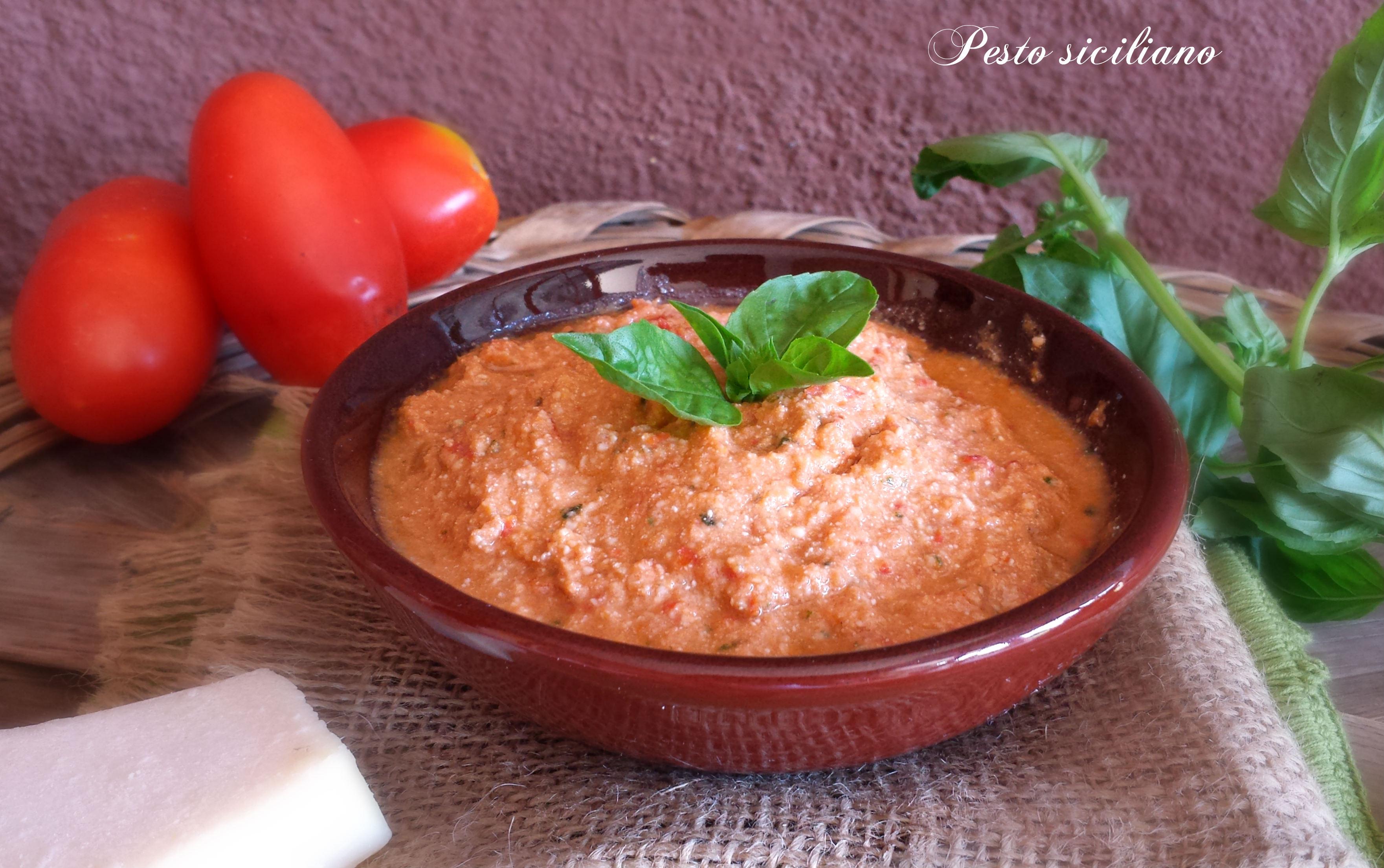 Pesto siciliano,condimento primo piatto