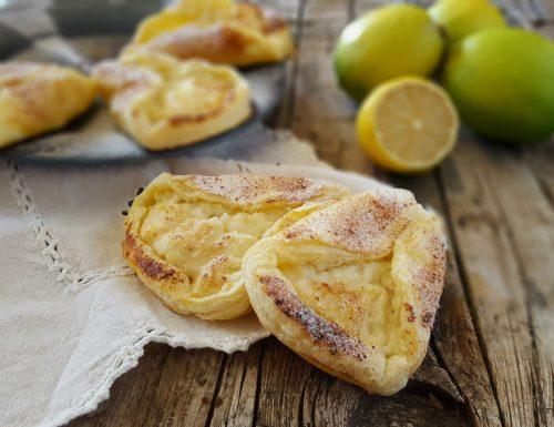 Ventagli di sfoglia ricotta e limone