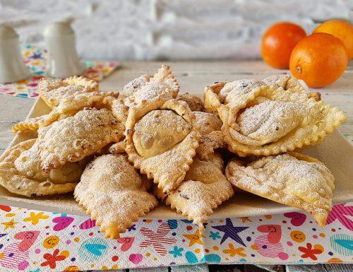 Tortelli dolci fritti golosi dolcetti di carnevale