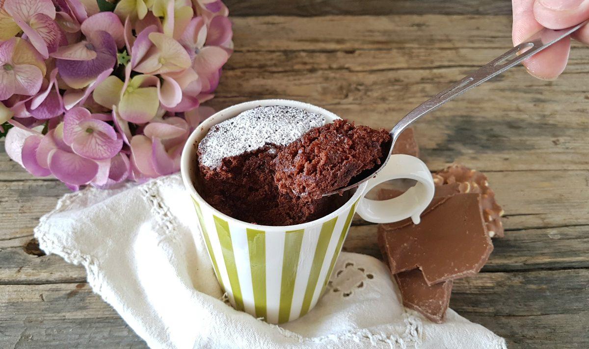 Torta in tazza alla nutella ovvero mug cake pronta in 5 for Cucinare 5 minuti