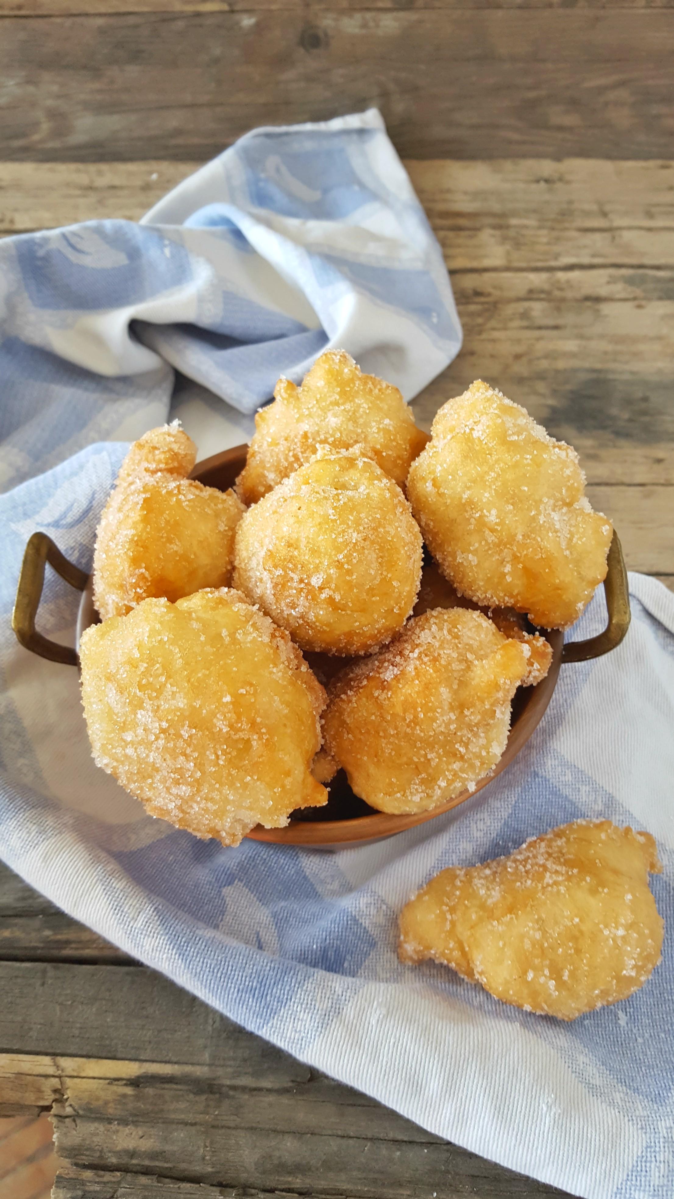 Frittelle Dolci Di Natale.Frittelle Napoletane Zuccherate Frittelle Di Natale Il Mondo Di Adry