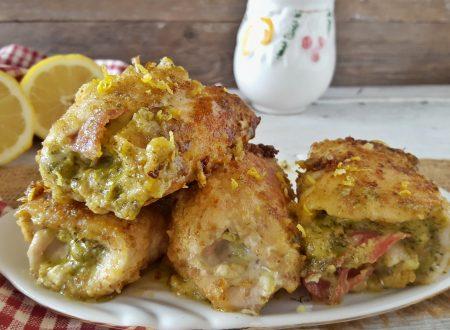 Involtini di petto di pollo al pesto cotti in padella