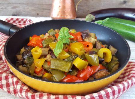 Padellata di verdure squisita semplice e veloce