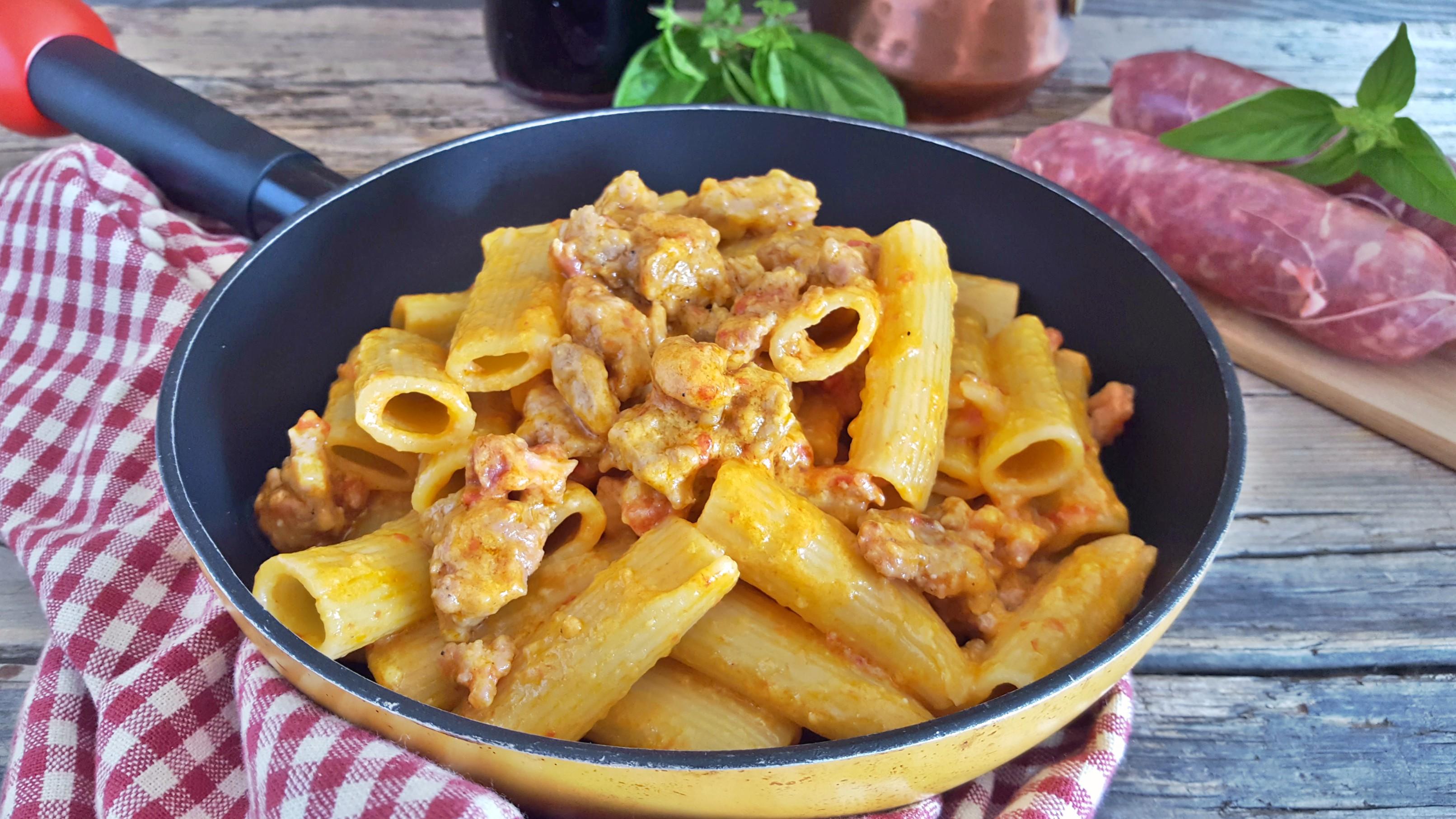 Pasta alla zozzona piatto romano strepitoso il mondo di adry for Piatto tipico romano