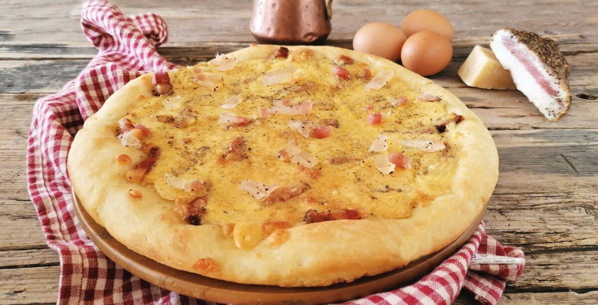 pizza alla carbonara