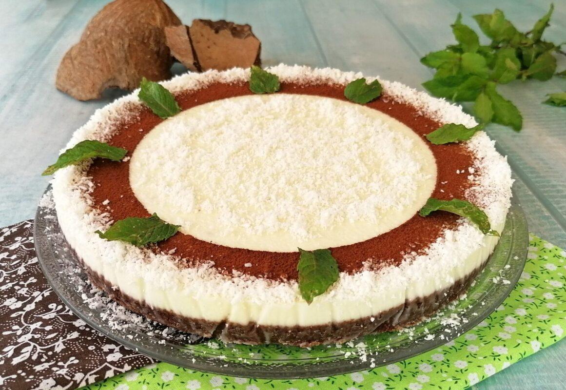 Torta fredda panna e cocco