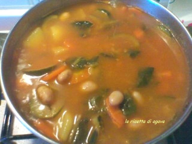 Minestrone di verdure della nonna