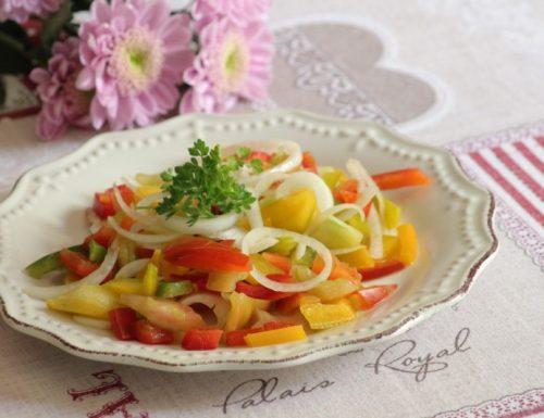 insalata di peperoni crudi