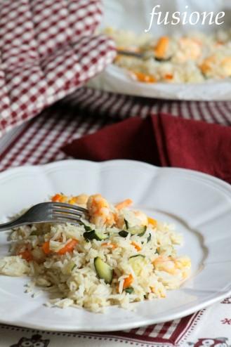 riso al cartoccio con gamberi carote e zucchine