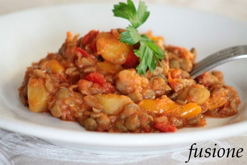 Ricetta Lenticchie E Patate.Lenticchie Con Patate In Umido Ricetta Vegetariana In Ogni Periodo Dell Anno