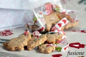 biscotti mandorle cioccolato / ricetta natalizia