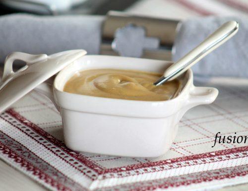 salsa di senape / yellow barbecue sauce