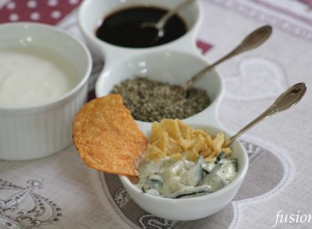 antipasto con cetrioli e yogurt greco