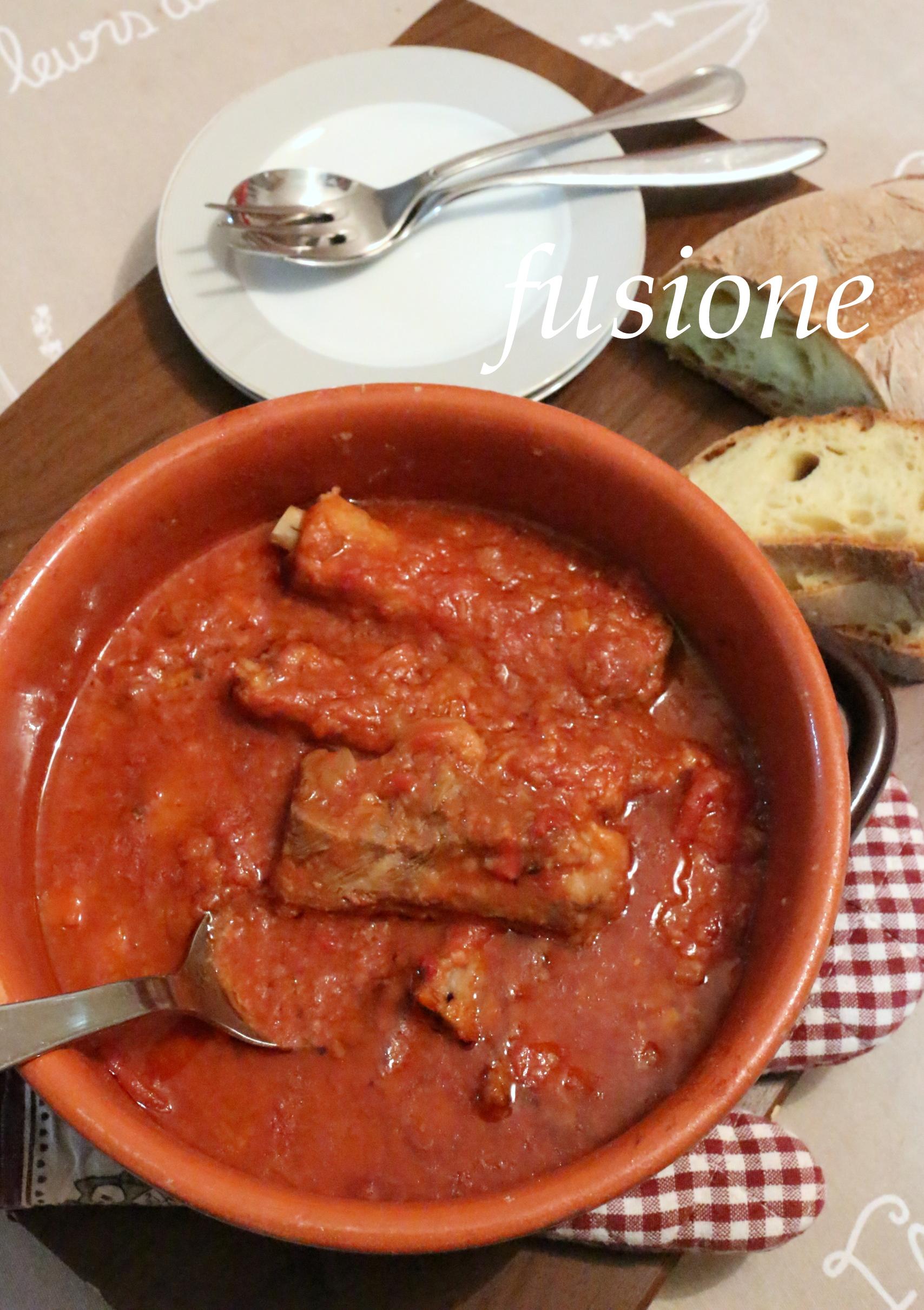 costine di maiale al sugo - ricetta tradizionale della cucina emiliana - Come Cucinare Le Puntine Di Maiale