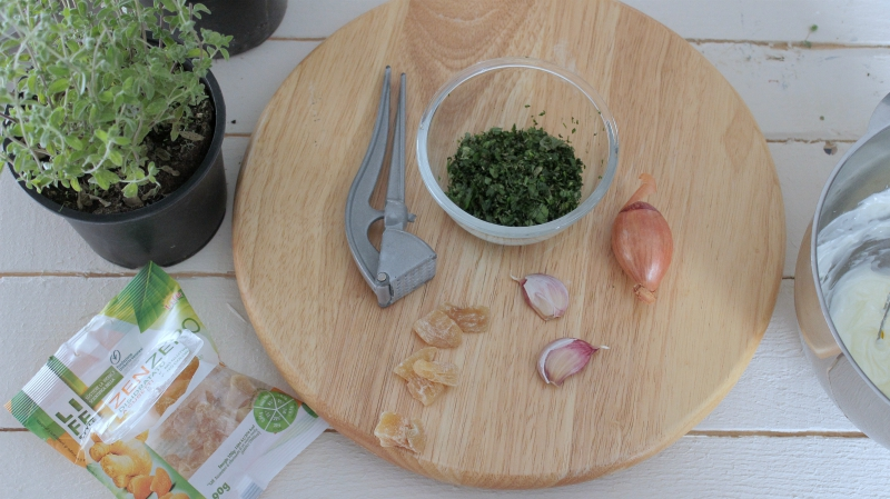 l'aglio como ingrediente del burro allo zenzero