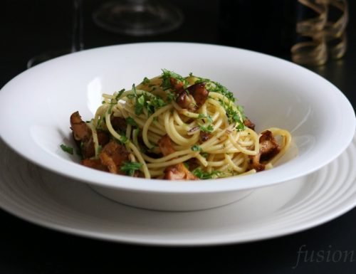 spaghetti con funghi finferli