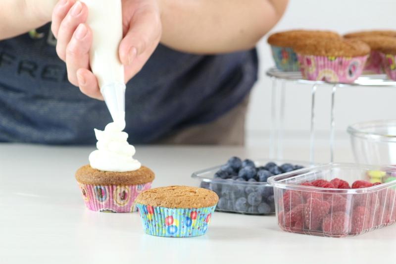 decorare i cupcakes alla vaniglia