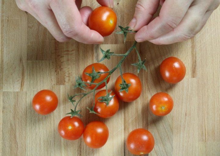 pulire i pomodorini