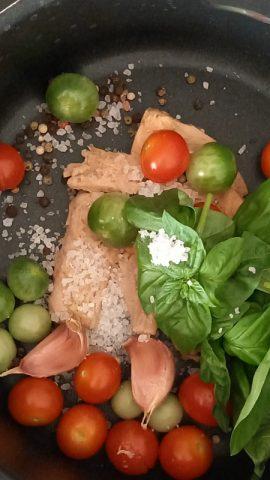 ingredienti per la pasta al tonno