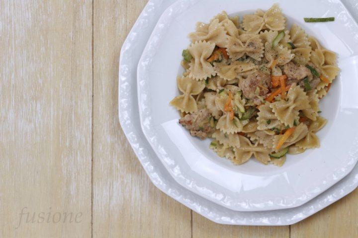 come fare la pasta integrale con salsiccia e verdure