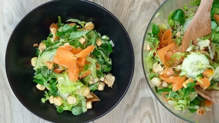come fare il pollo con le verdure in insalata
