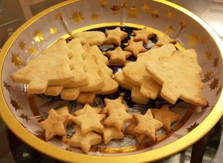 Biscotti di Natale integrali senza burro senza zucchero