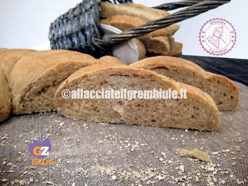PANE CRUSCA - ALLACCIATE IL GREMBIULE