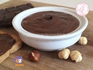 NUTELLA FATTA IN CASA - ALLACCIATE IL GREMBIULE