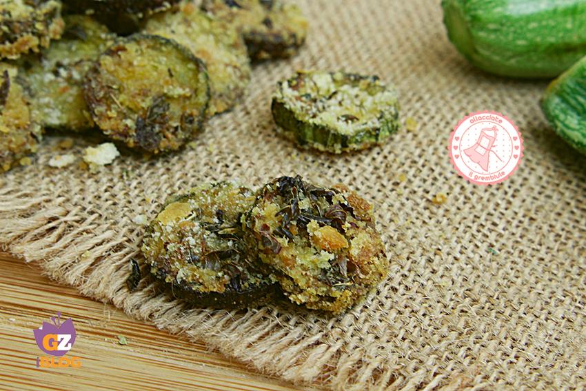 Zucchine impanate al forno senza uova ricetta veloce for Cucinare zucchine al forno