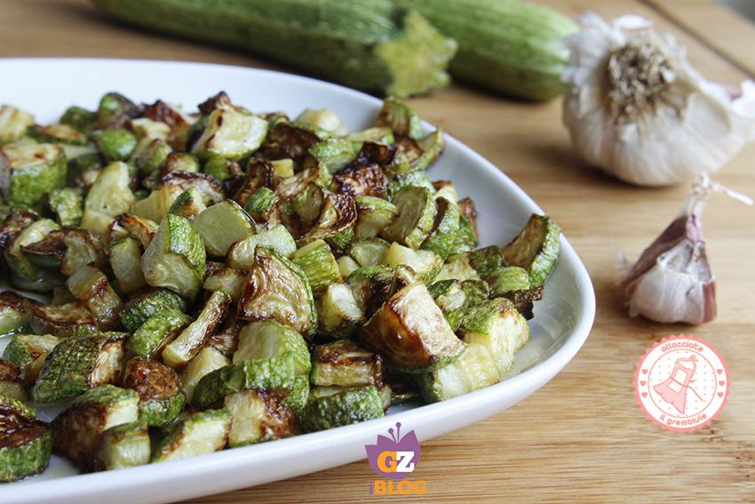Zucchine saltate in padella facili ricetta contorno veloce for Cucinare zucchine in padella