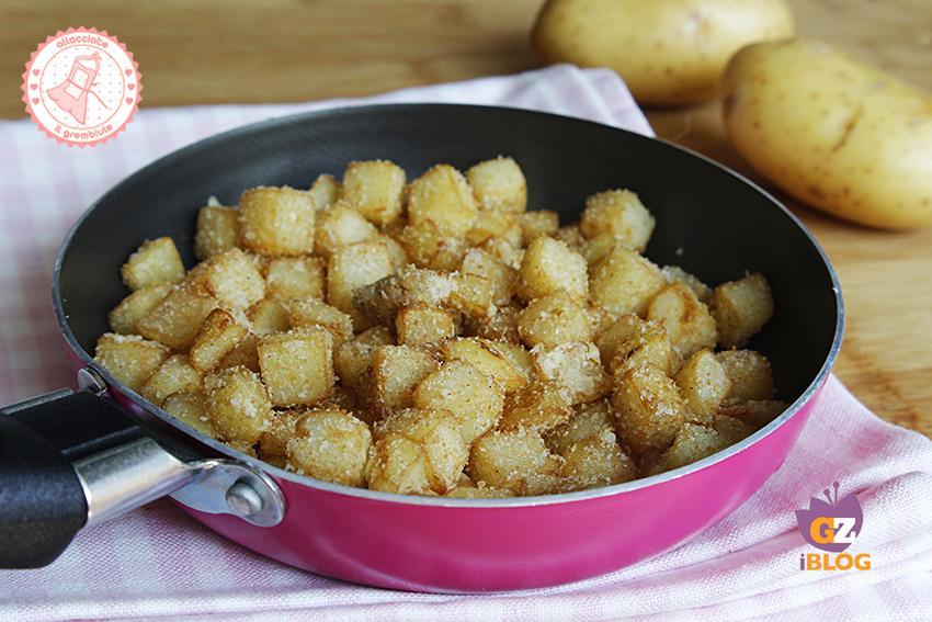 Patate sabbiose in padella ricetta contorno veloce for Quando raccogliere le patate