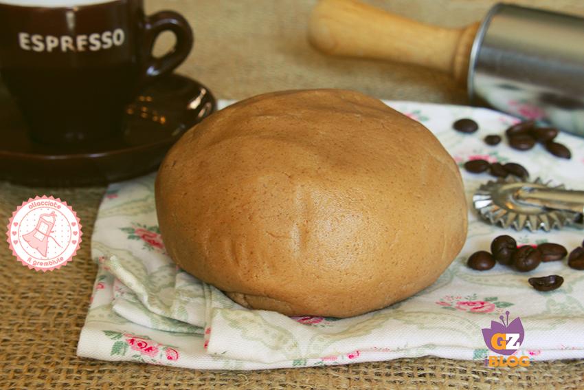 Pasta frolla al caff ricetta per crostate e biscotti for Di chi era la casa di vieni da me