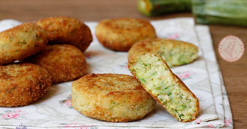 Polpette zucchine e ricotta al forno fritte o in padella for Cucinare zucchine in padella