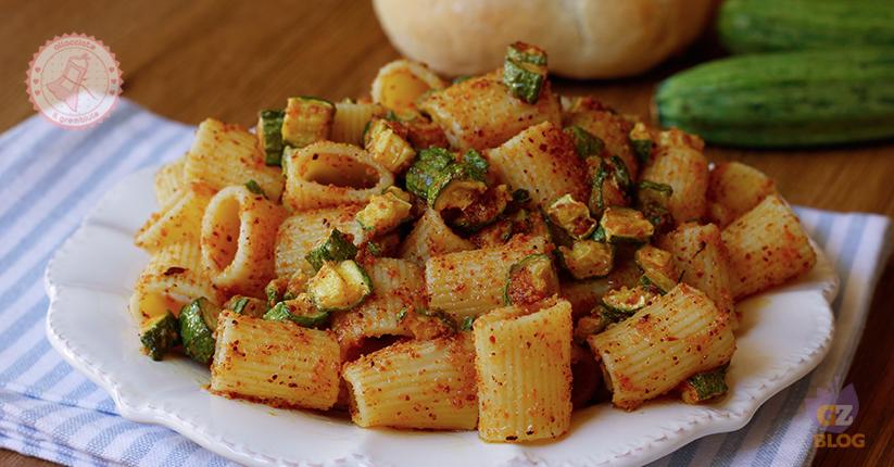Pasta con zucchine e pangrattato ricetta primo piatto for Primo piatto veloce