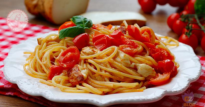 Pasta pomodorini e scamorza ricetta primo piatto veloce for Primo piatto veloce