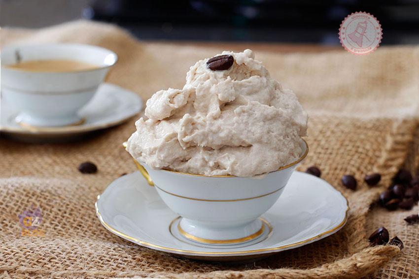 Ricetta Gelato Al Caffe.Gelato Al Caffe Velocissimo Ricetta Che Non Ghiaccia In Freezer