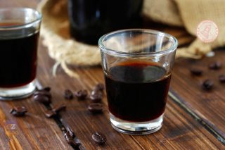 LIQUORE AL CAFFE'