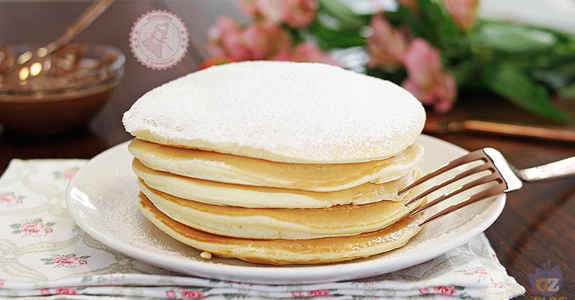 Ricetta Pancake Uova Farina E Latte.Ricetta Pancake Perfetti In 5 Minuti Ricetta Perfetta Senza Burro