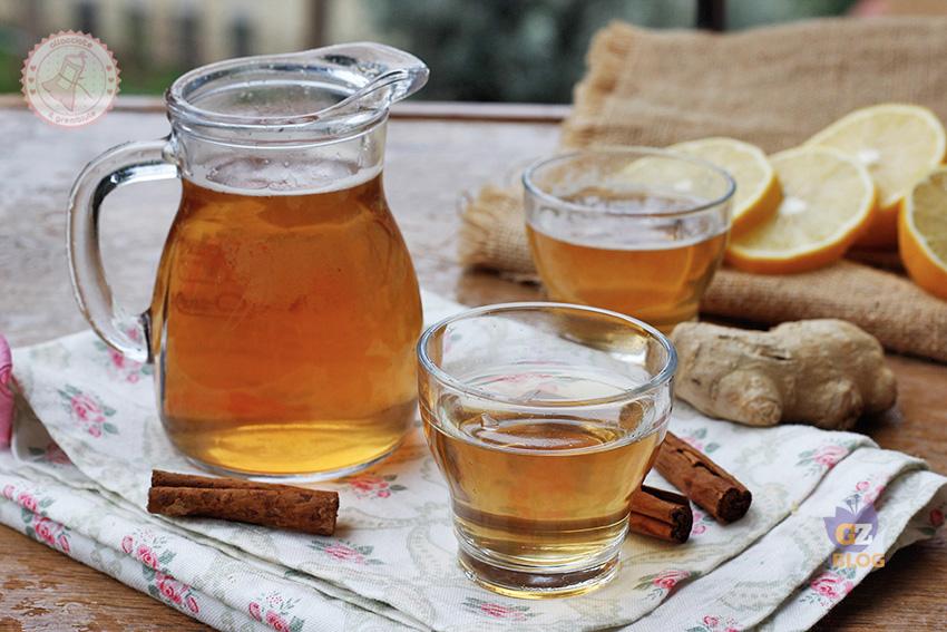 bere acqua alla cannella e miele per perdere peso