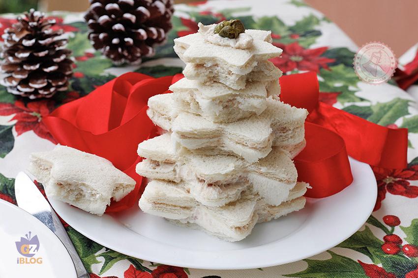 Antipasti Di Natale Divertenti.Albero Di Tramezzini Ricetta Furba Antipasto Di Natale Capodanno