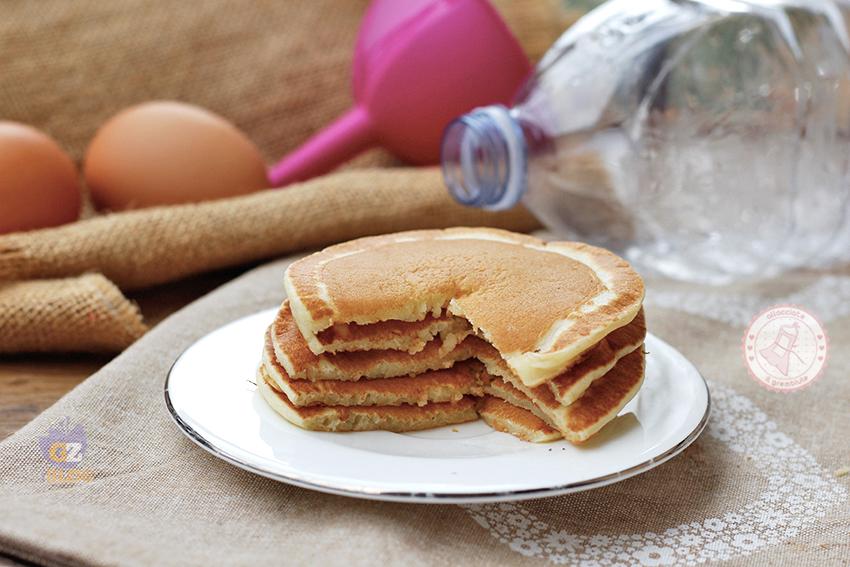 Ricetta Pancake Nella Bottiglia.Pancake In Bottiglia Ricetta Furba Facile E Veloce