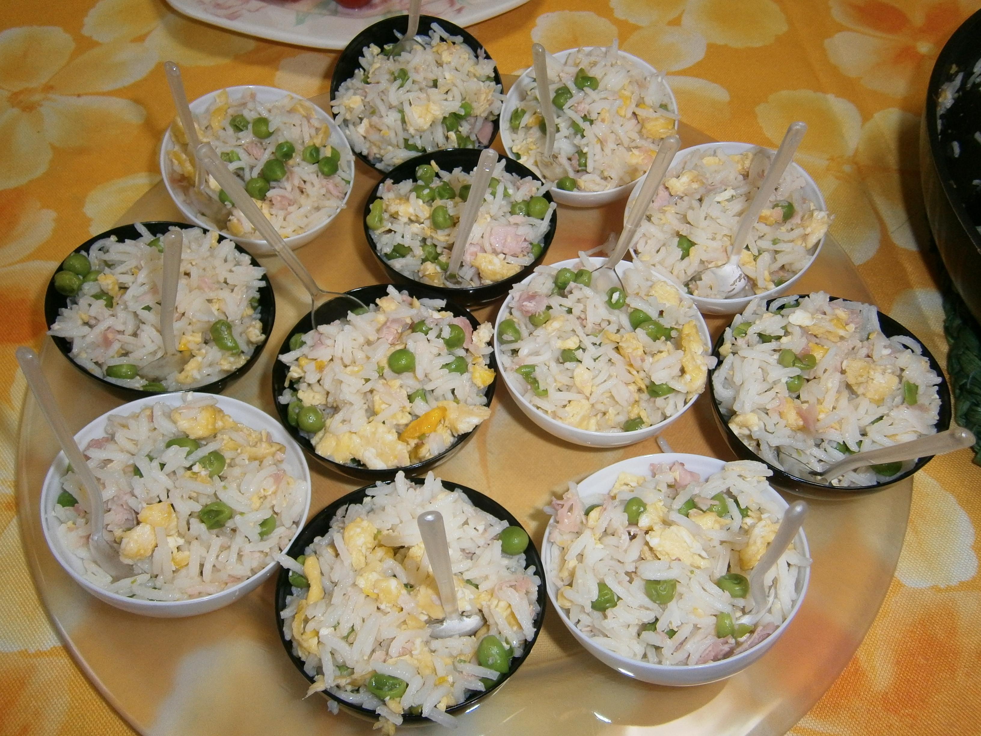 Riso alla cantonese allegria in cucina for Piatti cinesi mangiati in italia
