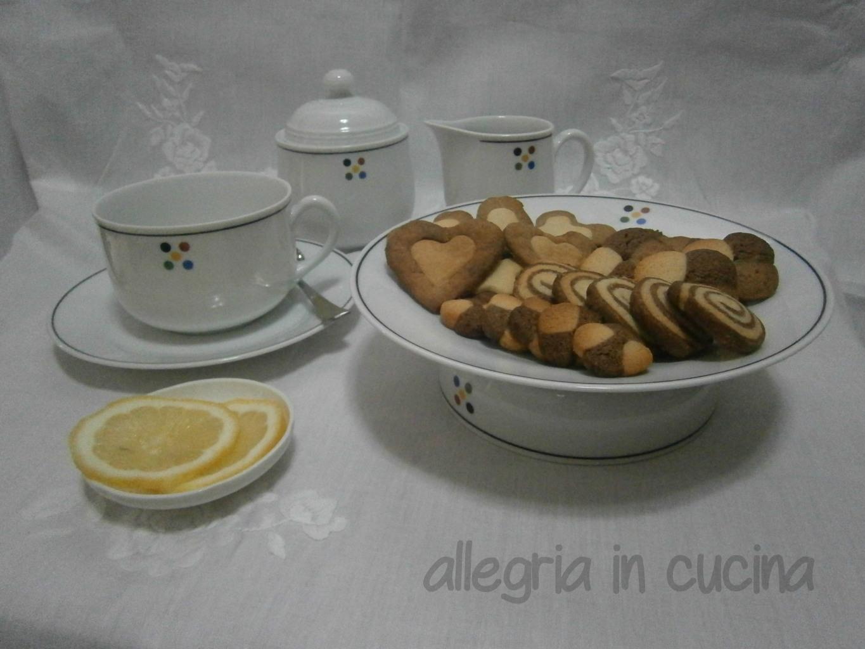 Biscotti variegati dolci cioccolato ricetta facile allegria in cucina - Giornali di cucina ...