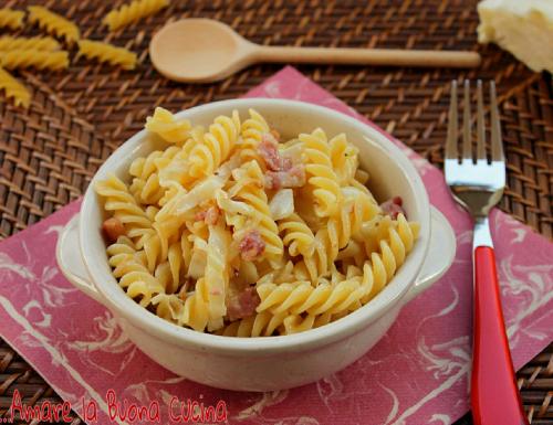 Pasta con Cavolo, Pancetta e Gorgonzola