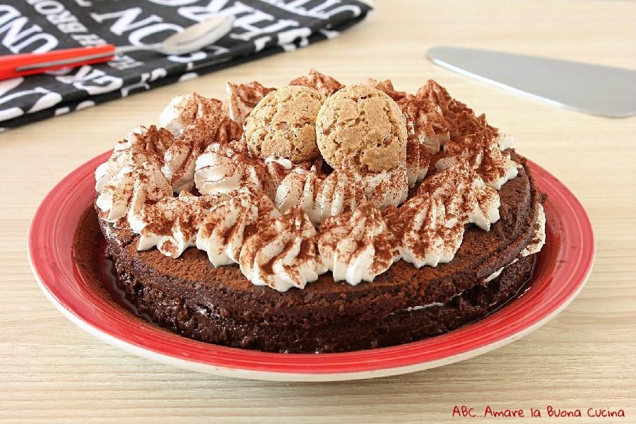 Torta golosa al bonet e Nutella