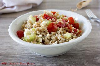 insalata di farro con pomodorini e feta