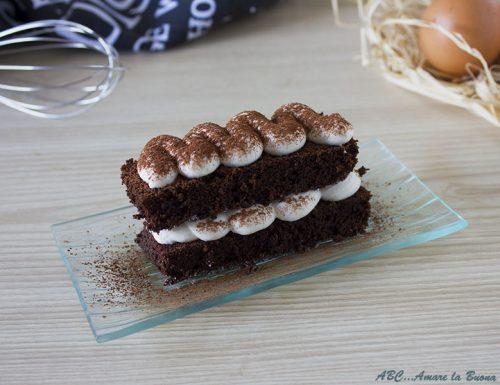 Tortino al cioccolato con tiramisù