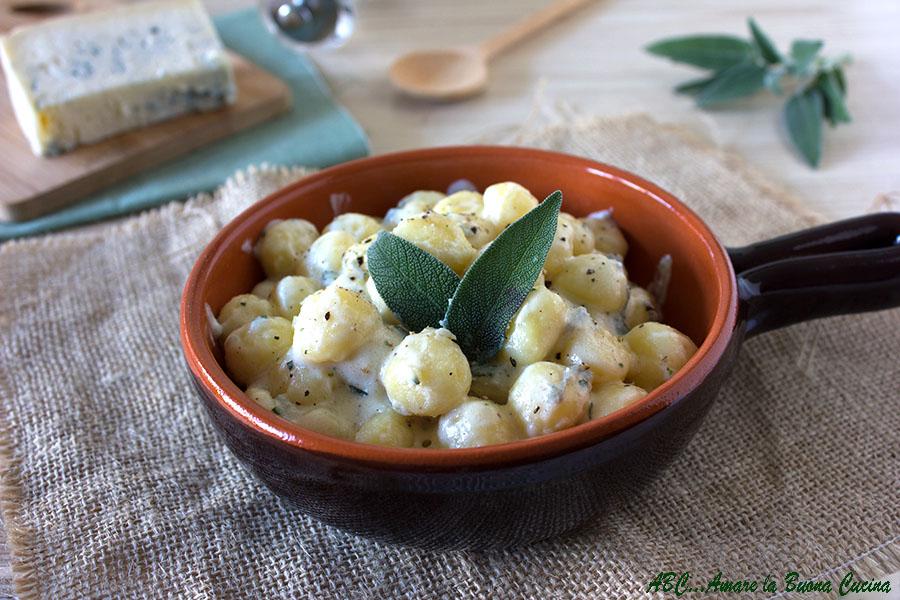 gnocchetti cremosi al gorgonzola