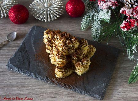 Alberelli di pandoro ripieni di crema pasticcera